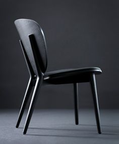Black Stylish Hotel Lounge Chair Mama Skandiform
