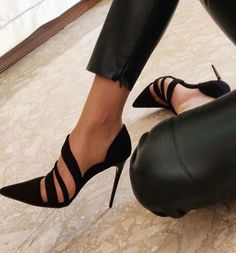 black heels with gorgeous strappy details Dream Shoes, Crazy Shoes, Me Too Shoes, Pretty Shoes, Beautiful Shoes, Shoe Boots, Shoes Heels, Mode Shoes, Beauty And Fashion