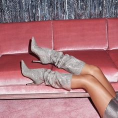 More poppin' than your highlight. ✨ Steal the spotlight in Claira. Link in bio. Womens Training Shoes, Hot High Heels, Aldo Shoes, Shoes Heels, Knee High Boots, Knee Boot, Ideias Fashion, 70s Fashion, Fashion Trends