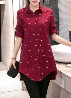 Kurti With Jeans Short Kurti Designs, Kurti Neck Designs, Kurta Designs Women, Kurti Designs Party Wear, Blouse Designs, Stylish Dresses, Fashion Dresses, Kurti With Jeans, Designs For Dresses