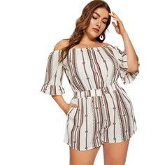 Sommer Outfit Damen- Off shoulder romper Sizes availabl. Plus Size Dresses, Plus Size Outfits, Dresser, Plus Size Jumpsuit, Looks Plus Size, Casual Jumpsuit, White Off Shoulder, Rompers Women, Types Of Sleeves