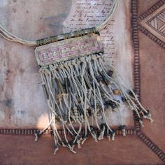 sous les cascades dimouzzer collier nomade collier sauvage