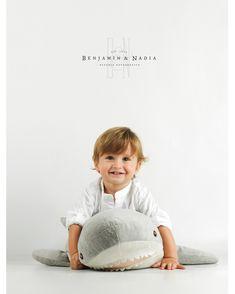 Cuando nuestro trabajo se convierte en un juego para ellos... Gracias familia!  www.benjaminynadia.com  #fotografosabiñanigo #fotografoprofesional #fotografiainfantil #fotoniños @benjaminynadia @benjamin_espana #estudioprofesional #fotoinfantil #noposesdiviertete #fotografohuesca #fotografozaragoza #fotografopamplona @hasselblad @profotospainofficial #newbornphotography #fotografiainfantil #fotodeestudio Girls Dresses, Flower Girl Dresses, Wedding Dresses, Infant Photos, Infant Photography, Zaragoza, Game, Thanks, Bride Gowns