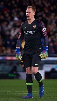 Buffon Goalkeeper, Lionel Messi Wallpapers, Leonel Messi, Barcelona Football, Marc Andre, Sports Celebrities, Best Player, Champion, Sporty