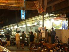 Karachi Eating Out: Sheikh Abdul Ghaffar Kabab House, near Tariq Road Kabab House, Pakistan