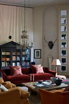 This stunning space was created by Rose Uniacke - beautiful furniture, fabrics and colour ❤ Best Living Room Design, Living Room Designs, Living Spaces, Living Rooms, Rose Uniacke, Luxury Interior Design, Interior Architecture, Home And Deco, Drawing Room