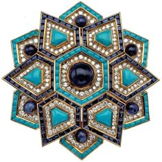 BVLGARI–125 YEARS OF ITALIAN MAGNIFICENCE - A brooch with turquoise, diamonds and sapphires
