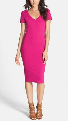 This hot pink sculpted body-con dress is perfect to wear for a casual day date.