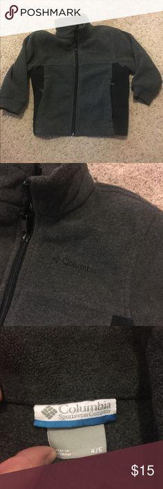 Boys Columbia Fleece Coat Boys, Fleece Columbia jacket. Size 4/5 Great condition, grey/black. Non-smoking home. Columbia Jackets & Coats