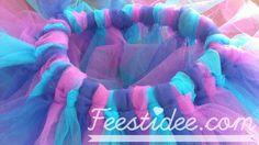 Simpele beschrijving: tutu om zelf te maken. Leuke rok van tule voor Elsa van Frozen, voor carnaval en iedereen die van mooie rokjes houdt!