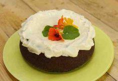 Ananasmurskalla maustettu porkkanakakku Cake, Desserts, Food, Pineapple, Tailgate Desserts, Deserts, Kuchen, Essen, Postres