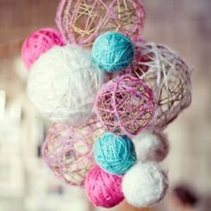 1.Blow up Balloon. 2.Hang from string. 3.Coat in vaseline 4.Mix 12/ the bottle of glue with 1/2 cup of cornstarch 1/4 cup of water. Dip yarn in mixture and wrap balloon in yarn in alternating patterns.