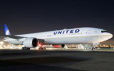 Boeing 777-300-ER - United Airlines