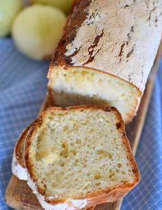 Przepis na chleb pełnoziarnisty ze słonecznikiem na miodzie - MniamMniam.com Aesthetic Food, Banana Bread, Sandwiches, Baking, Cakes, Gastronomia, Diet, Recipies, Cake Makers