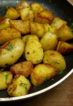 Main Dishes, Side Dishes, Tasty, Yummy Food, Appetisers, Greek Recipes, Finger Foods, Food Inspiration, Dinner Recipes