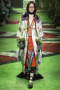 Gucci | Spring 2017 Menswear Collection | Vogue Runway