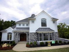 Our third Home of the Week offering from @HomearamaHBA is 'The Revere' http://cjky.it/1mkpdNl @HomeoftheweekCJ pic.twitter.com/1hF2dTtgnB
