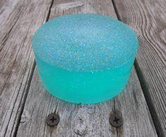 Mermaid Shimmer Glycerin Soap Aqua Turquoise von SandyLandStudio