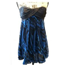 21 Prom Dress Black& Blue Prom Dress, Padded Bust Area, Fully Lined, Worn but in Good Condition 21 Dresses Prom