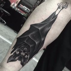 16 Dark and Daunting Blackwork Bat Tattoos | Tattoodo