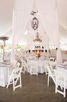 tented wedding reception, photo by Jennifer Crenshaw Photography http://ruffledblog.com/clark-gardens-wedding #weddingideas #receptions