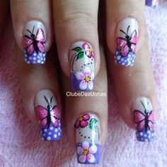 Ladies' nails have always been an important dimension of beauty and fashion. You can also have so many choice for your nail designs. Star nail art, Hello Kitty nail art, zebra nail art, feather nail designs are a few examples among the various themes. Simple Nail Art Designs, Nail Designs Spring, Pretty Nail Designs, Easy Nail Art, Beautiful Nail Art, Gorgeous Nails, Pretty Nails, Butterfly Nail Art, Flower Nails