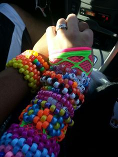 The couple who raves together, stays together.those were the days Rave Bracelets, Edm Festival, Festivals, Kandi Patterns, Raver Girl, Scene Kids, Rave Wear, Pony Beads, Emo Fashion