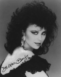 Suzanne Sugarbaker Too Much Classic Beauty, Timeless Beauty, Delta Burke, Celebrity Photography, Old Hollywood Glamour, Beautiful Celebrities, Beautiful Women, Big Hair, Vintage Hairstyles