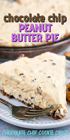 EASY and heavenly NO BAKE Chocolate Chip Peanut Butter Pie has a cookie crust and a creamy peanut butter cheesecake filling! Chocolate Chip Pie, Chocolate Recipes, Chocolate Treats, Peanut Butter Cheesecake, Creamy Peanut Butter, Pie Recipes, Snack Recipes, Baking Recipes