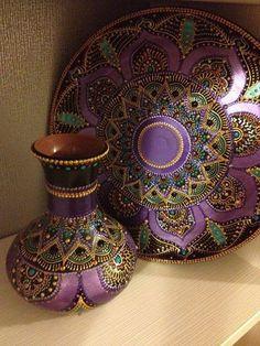 Bohem Style Every Where Mandala Art, Mandala Painting, Mandala Design, Bottle Painting, Bottle Art, Bottle Crafts, Raku Pottery, Dot Art Painting, Stone Painting
