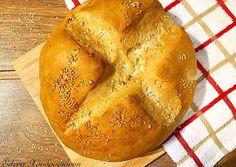 Ψωμί βασική συνταγή συνταγή από Έλενα Χονδρογιάννη - Cookpad Bread, Food, Brot, Essen, Baking, Meals, Breads, Buns, Yemek