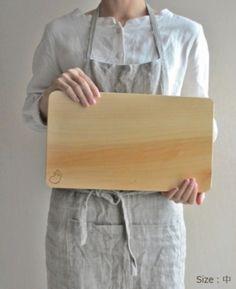 双葉商店さんでは、無料でまな板の削り直しも行ってくれるので、10年と長く使えます。