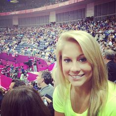 How Shawn Johnson Motivates the US Women Gymnastics Team. Oh yea nd her hair is gorgeous!