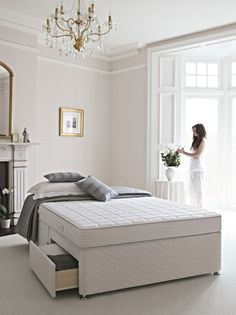 Why Choose Memory Foam? Dormeo has long promoted the enormous benefits of choosing memory foam over traditional sprung mattresses. But why? We explain...