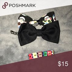 Bows and Mustache Bracelet The black bow is a bit broken so there may be some issues with them. Hot Topic Accessories Hair Accessories