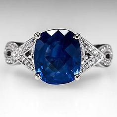 4 Carat Blue Sapphire Engagement Ring w/ Diamonds in 18K White Gold | <3js |