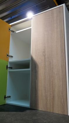 New FSC lockers, produced by Olssen®. These lockers are made of 100% recycled wood and help to improve the environment for animals and woods. Our FSC lockers deliver quality design in an honest and responsible way!