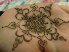 Mehndi Flower Tattoo Designs : Henna flower tattoo designs