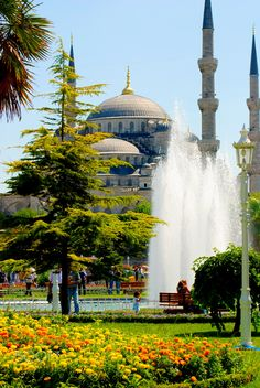 """The Blue Mosque - The Blue Mosque Sultan Ahmet İstanbul Turkey https://en.wikipedia.org/wiki/Sultan_Ahmed_Mosque Photo: Suleyman Sonmez  Follow: <a href=""""https://www.instagram.com/suleymansonmez"""">instagram</a> 