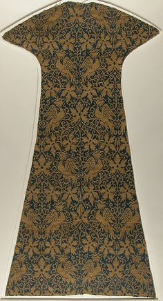 Textile with Birds, Leaves and Arabesques - 14th Century Spanish or Italian