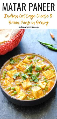 Matar paneer is a magic combo of soft Indian cottage cheese and green peas simmered in an onion-tomato gravy. An easy recipe that's perfect for brunch! # Easy Recipes indian Mutter Paneer Recipe (Indian Cottage Cheese with Sweet Peas) Indian Paneer Recipes, North Indian Recipes, Indian Food Recipes, Ethnic Recipes, Brunch Recipes, Easy Dinner Recipes, Easy Meals, Brunch Food, Veggie Recipes