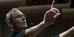 """""""Steve Jobs"""" kommt ins Kino - Das Bio-Pic über den Apple-Mitbegründer Steve Jobs startet am 12. November in den deutschen Kinos. Danny Boyle verfilmte das Leben des CEOs. Pointer zeigt dir den Trailer."""