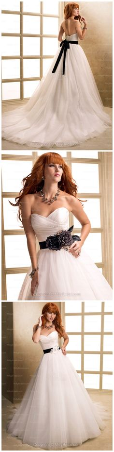 BallGown Sweetheart Tulle Satin Chapel Train White Flowers Wedding Dresses