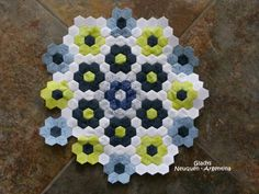 English Paper Piecing -- <3 the Colorado and pattern