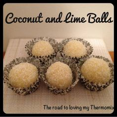 Thermomix Coconut and Lime Balls Bellini Recipe, Coconut Balls, Cooking Chocolate, Thermomix Desserts, Savarin, Coconut Macaroons, Protein Ball, Xmas Food, Paleo Dessert