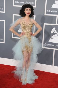 "Kimbra - Grammys 2013 - Funky Fashions - Funk Gumbo Radio: http://www.live365.com/stations/sirhobson and ""Like"" us at: https://www.facebook.com/FUNKGUMBORADIO"