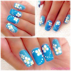 Blue & Daisy Nail Art ✽