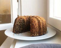 Instarecept: Ořechová bábovka Vanilla Cake, Tiramisu, Baking, Recipes, Food, Basket, Bakken, Essen, Backen