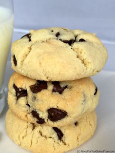 Almond Flour Soft Baked Chocolate Chip Cookies | In The Kitchen With Honeyville.  I used coconut oil and stevia. Still YUM. Like a shortbread cookie. May cut back on chips and add pecans next time.