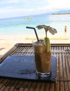 Iced Coffee Gili AIr - thetraveloguer